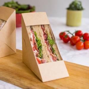 triangulo de cartón con ventana para envasar sandwich con alimentos