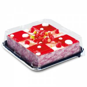 envase de pastelería premium con tarta de fresas