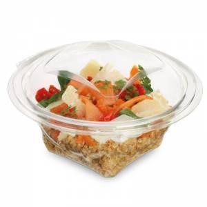 ensaladera de apet transparente con cierre de bisagra de 370cc con alimentos